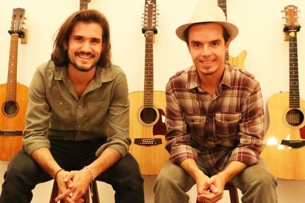 Músicos Rafael Monte Rosa e Felipe Bittencourt se apresentam no Espaço Maria Tereza  (Avelino Otoni/Divulgação )