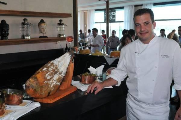 Chef Rodrigo Sanchez durante degustação de vinhos no Hotel Alvorada (Carlos Moura/CB/D.A Press)