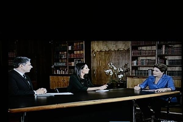 Presidente Dilma durante entrevista no Jornal Nacional (Marcelo Ferreira/CB/Reprodução/D.A Press)