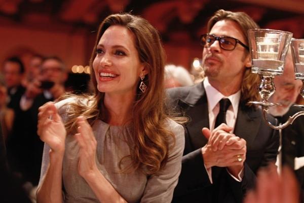 Atriz Angelina Jolie ao lado do marido Brad Pitt  (Andreas Rentz/ Divulgação)