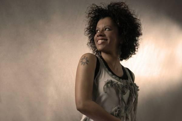 Cantora Ana Costa (Alexandre Moreira/Divulgação)