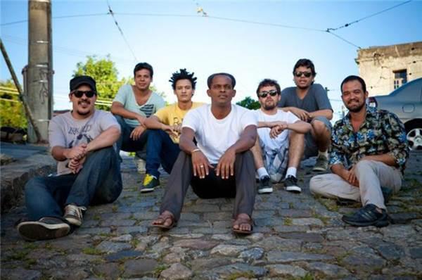 O grupo carioca Feijão Coletivo é a atração de sábado do projeto Dia de Zumbi, na Caixa Cultural (Projeto Dia de Zumbi/Divulgação)