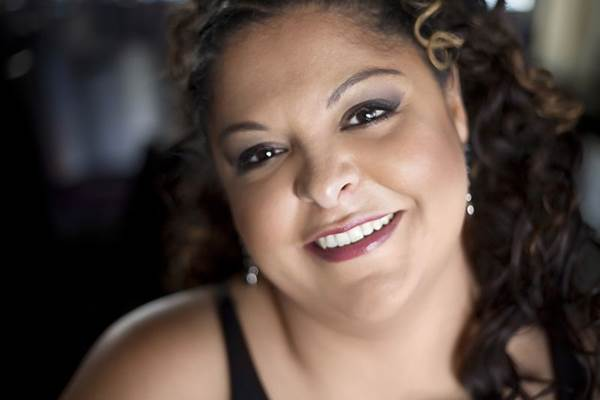 Cantora Fabiana Cozza  (Fernanda Grigolin/Divulgação)