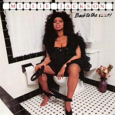 A cantora americana Millie Jackson, lançava em 1989 o álbum Back to the S t! com uma capa inusitada (Reprodução/Internet)