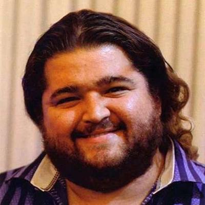 A banda americana de rock alternativo Weezer, lançava em 2010 o álbum Hurley. A capa do álbum é uma imagem do ator Jorge Garcia, que interpretou Hurley Reyes, em Lost  (Reprodução/Internet)