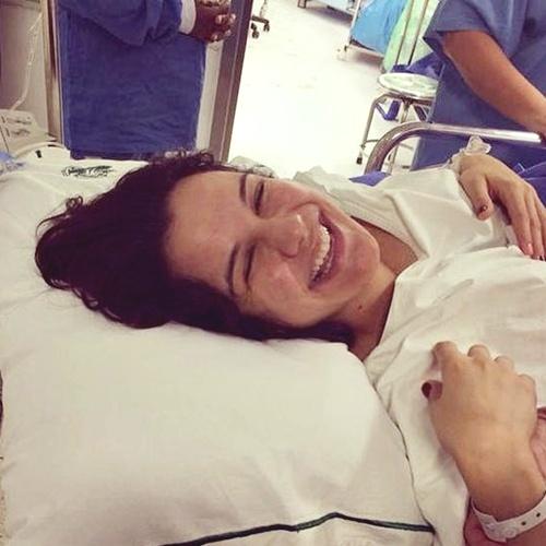 Kyra Grace postou foto ainda no hospital, na manhã dessa terça-feira (9/9) (Instagram/Reprodição)