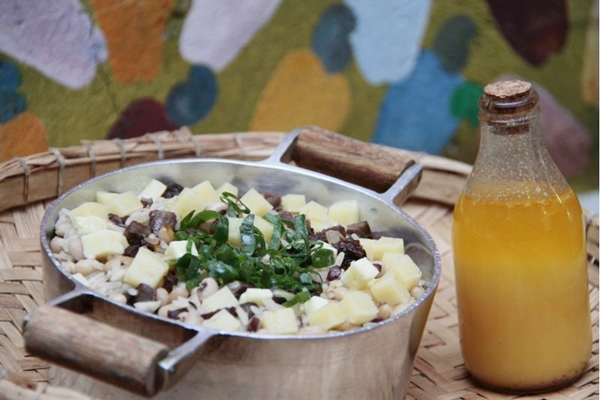 Baião de dois com manteiga de garrafa: prato consagrado no Severina  (Ana Rayssa/Esp. CB/D.A Press)