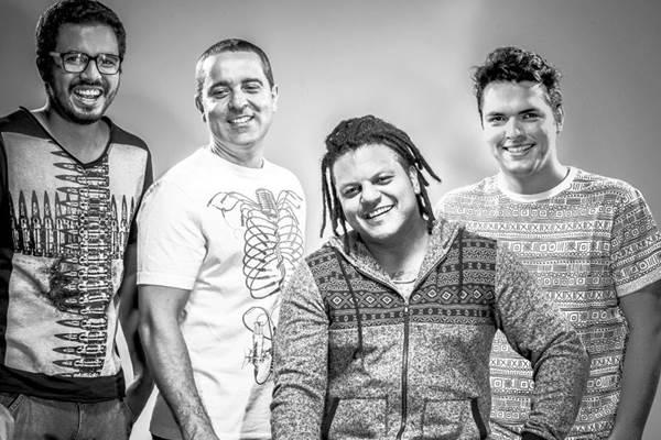 A banda Alma Djem se apresenta em 10 de outubro (Donna Mídia Comunicação/Divulgação)