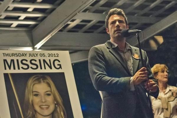 Ben Affleck vive um marido suspeito de assassinar a esposa: boas atuações (Merrick Morton/Fox Film)