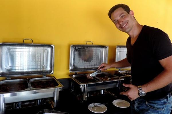 Emmanuel Paco Perez: dois meses sem repetir pratos no bufê  (Liana Sabo/CB/D.A Press)