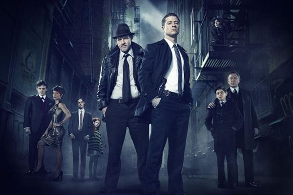 A cidade de Gotham passará por novos mistérios, como o assassinato dos bilionários Thomas e Martha Wayne  (Warner Channel/Divulgação)