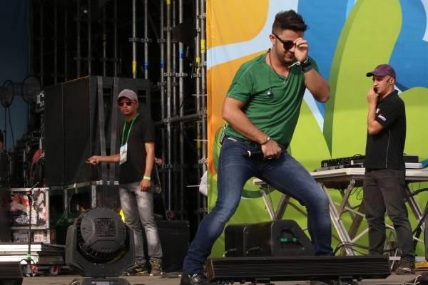 Show do sertanejo Cristiano Araújo no Taguaparque, em Taguatinga (Oswaldo Reis/Esp. CB/D.A Press)