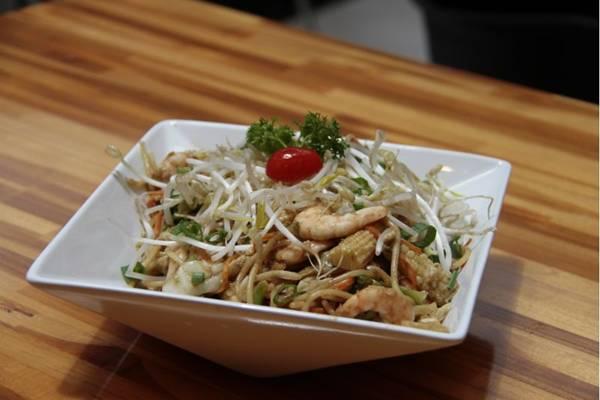 Preparado na panela wok, broto de feijão mantém propriedades nutricionais (Ana Rayssa/Esp. CB/D.A Press)