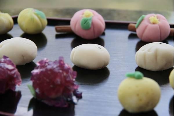 Wagashi: doce de  feijão branco recheado com azuki  (Ana Rayssa/Esp. CB/D.A Press)