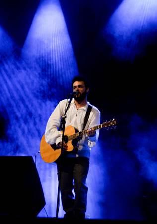 Alex Sanderson: 'Se virei cantor, letrista e músico, foi por causa da Legião' ( Arquivo Pessoal/Alex Sanderson)