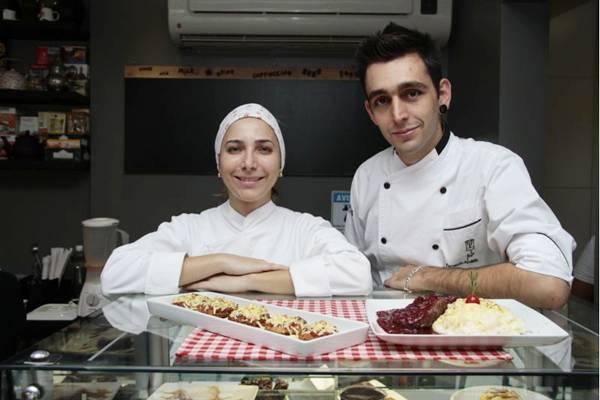 Thaíza Pacheco e Fernando Abdalla recebem clientes para menus exclusivos no Cookers  (Ana Rayssa/Esp. CB/D.A Press)