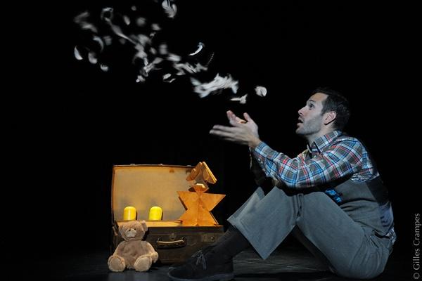 Xavier Carrar leva ao palco o drama de um pai que tem dois filhos deficientes (Gilles Crampes/Divulgação)