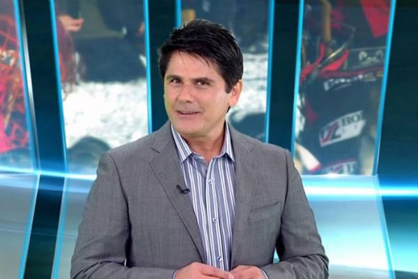 O apresentador já apresentou o programa 'Record em notícias' (Sbt/Divulgação)