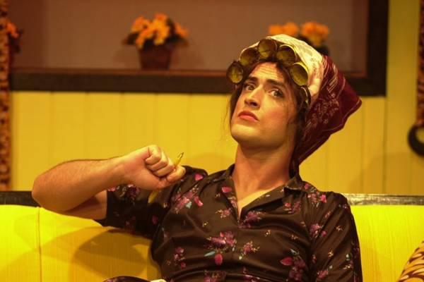 Ator Paulo Gustavo em cena de Minha mãe é uma peça (Deca Produções/Divulgação)