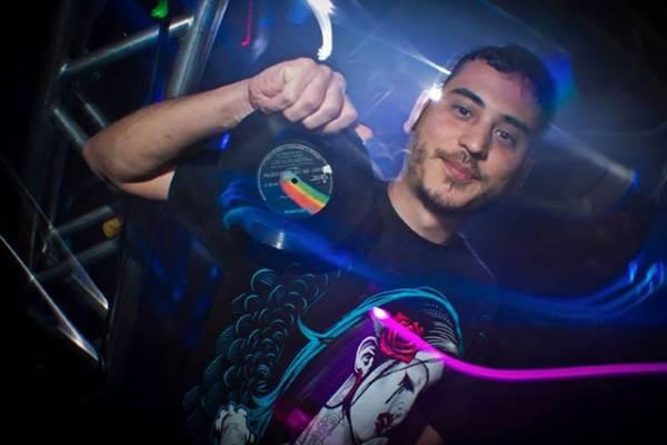 DJ Hugo Drops é uma das atrações da festa (ArquivoPessoal)