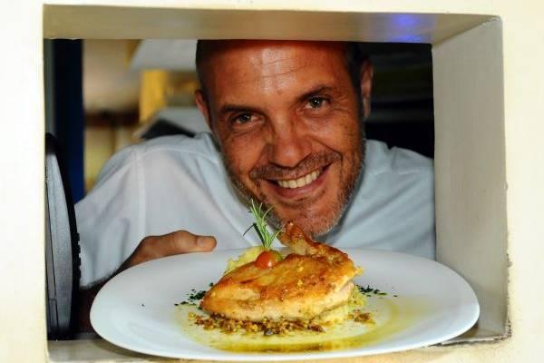 Paulo Mello e sua criação: sucesso desde 2008  (Gilberto Alves/CB/D.A Press)