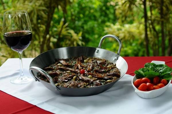 Arroz de pato do restaurante Bartolomeu: porção serve até 4 pessoas (Gilberto Alves/CB/D.A Press)