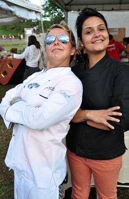 Mara e Renata reeditam parceria para comemorar os 17 anos do Universal Diner (Paula Rafiza/Esp. CB/D.A Press)