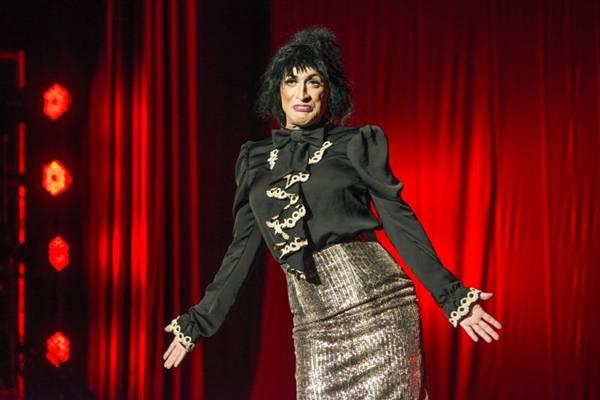 Um dos personagens da comédia retrata uma dona de casa  (Paprica Fotografia/Divulgação)