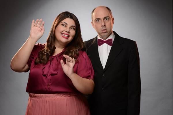 Fabiana Karla e Leandro da Matta atuam e soltam a voz em Nessa mesa de bar  (Calafiori Produções/Divulgação)