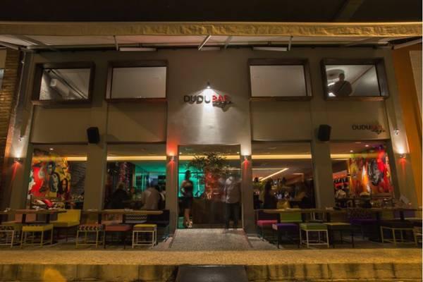 O novo Dudu Bar Lago alia boa mesa e ambiente descolado  (Alan Santos/Divulgação)