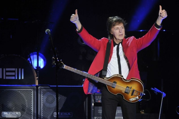 Paul McCartney em show no dia 23 de outubro, no Estádio Mané Garrincha (Minervino Junior/CB/D.A Press)