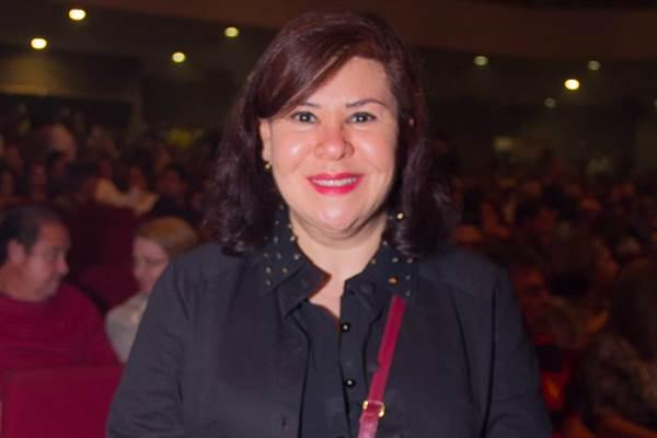 Carmem Teresa Manfredini, irmã de Renato Russo, está morando novamente em Brasília e foi conferir o musical sobre a carreira de Rita Lee (Romulo Juracy/Esp. CB/D.A Press)