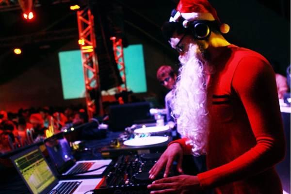 DJ Papai Noel Black (Gabriela Cerqueira/Divulgação)
