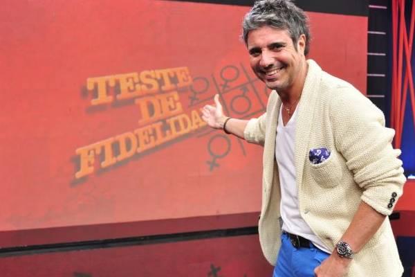 O apresentador ficou oito anos fora do ar antes de voltar, na Rede TV  (RedeTV!/Divulgação)