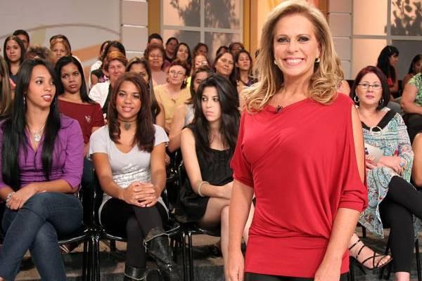 Apresentadora de televisão, Christina Rocha, durante programa (Roberto Nemanis/SBT)