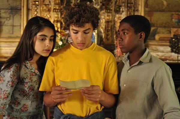Atuação do trio protagonista é um dos problemas do filme (Estevam Avellar/Divulgação)