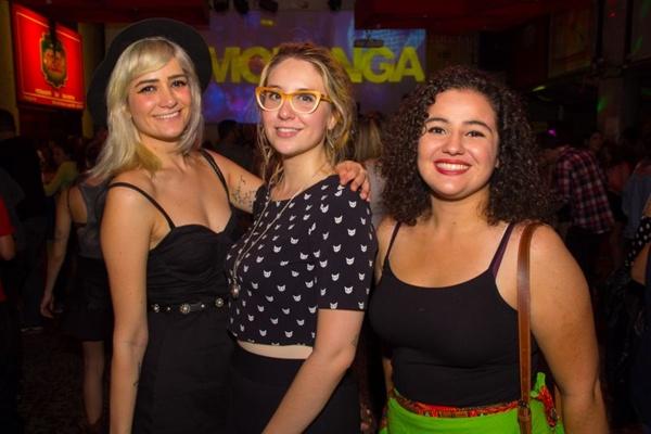 Gabriella Buzzi, Giovanna Buzzi e Ana Noronha (Rômulo Juracy/Esp. CB/D.A Press)