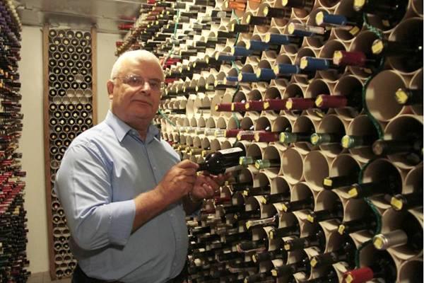 O argentino Adolfo Lona apostou nas uvas gaúchas para produzir espumantes  (Ana Rayssa/Esp. CB/D.A Press)