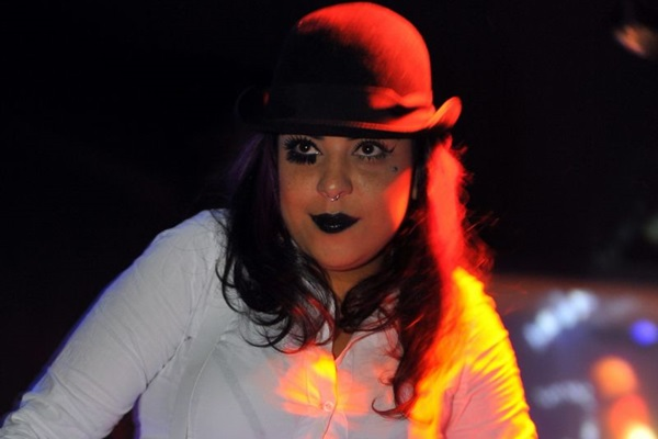Performer Black Rainbow, do coletivo The Burlesque Takeover (Luis Xavier de França/Esp. CB/D.A Press)