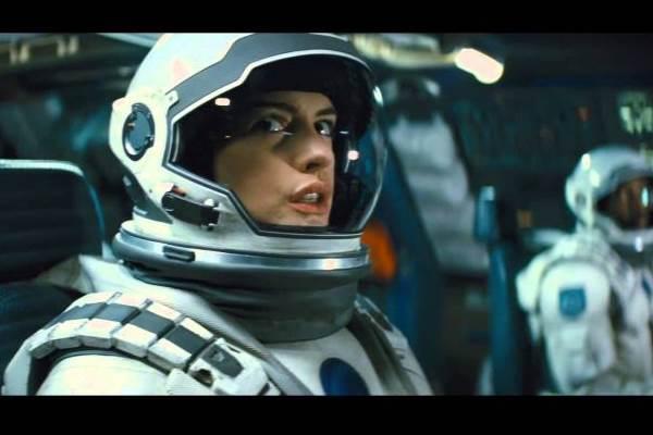 Anne Hathaway é um dos destaques de Interestelar (Warner Bros/Divulgação)