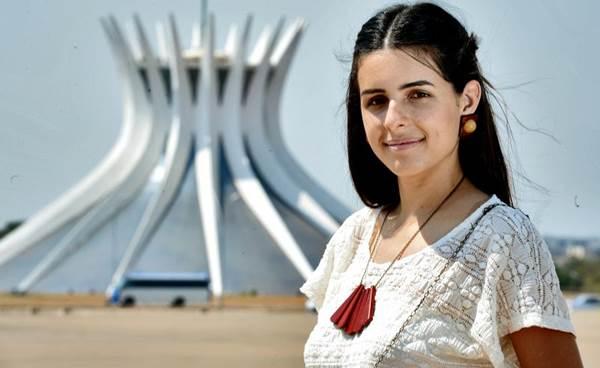 Bia fabrica joias e objetos inspirados na cidade ( Marcelo Ferreira/CB/D.A Press)