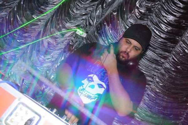 DJ Montana (Bruno Lima/Divulgação)