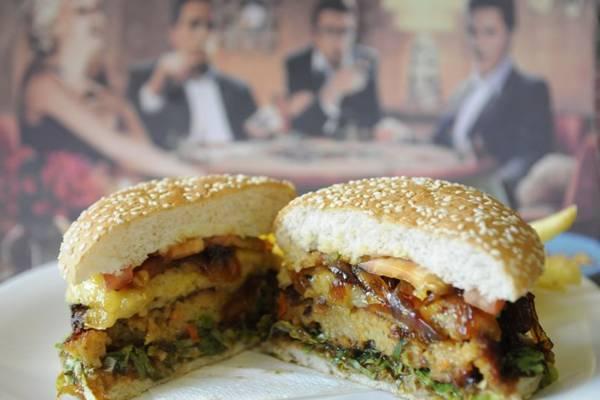 O hambúrguer do The Plates pode ser preparado com legumes e soja (Bruno Peres/CB/D.A Press)