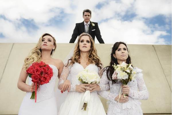 Marcio Garcia é disputado por três mulheres na comédia de Roberto Santucci (Páprica Fotografia/Divulgação)
