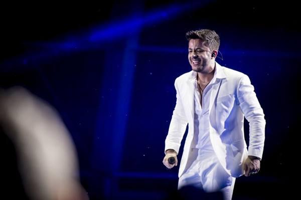 O cantor Cristiano Araújo é uma das atrações da festa (Rubens Cerqueira/Divulgação)
