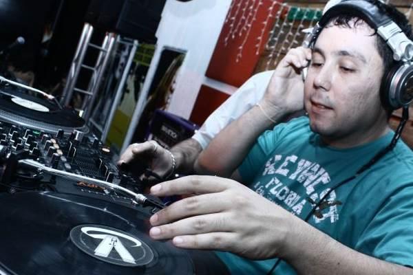 DJ LuiJ (Alessandro Souza/Divulgação)