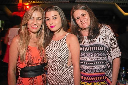 Fabiane de Paula, Victoria Torres e Carla Adjuto (Rômulo Juracy/Esp. CB/D.A. Press)