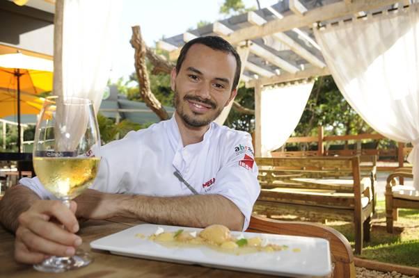 Lui Veronese aposta nas frutas tropicais tanto em pratos principais como em sobremesas  (Bruno Peres/CB/D.A Press)