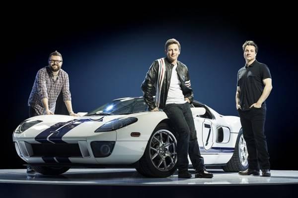 O humor dos apresentadores chama a atenção em Top Gear, Loucos por carros (History/Divulgação)