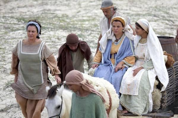 Personagens bíblicos aparecem na atração   (Record/Divulgação)